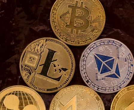 阻碍加密货币和区块链市场发展的10个关键风险