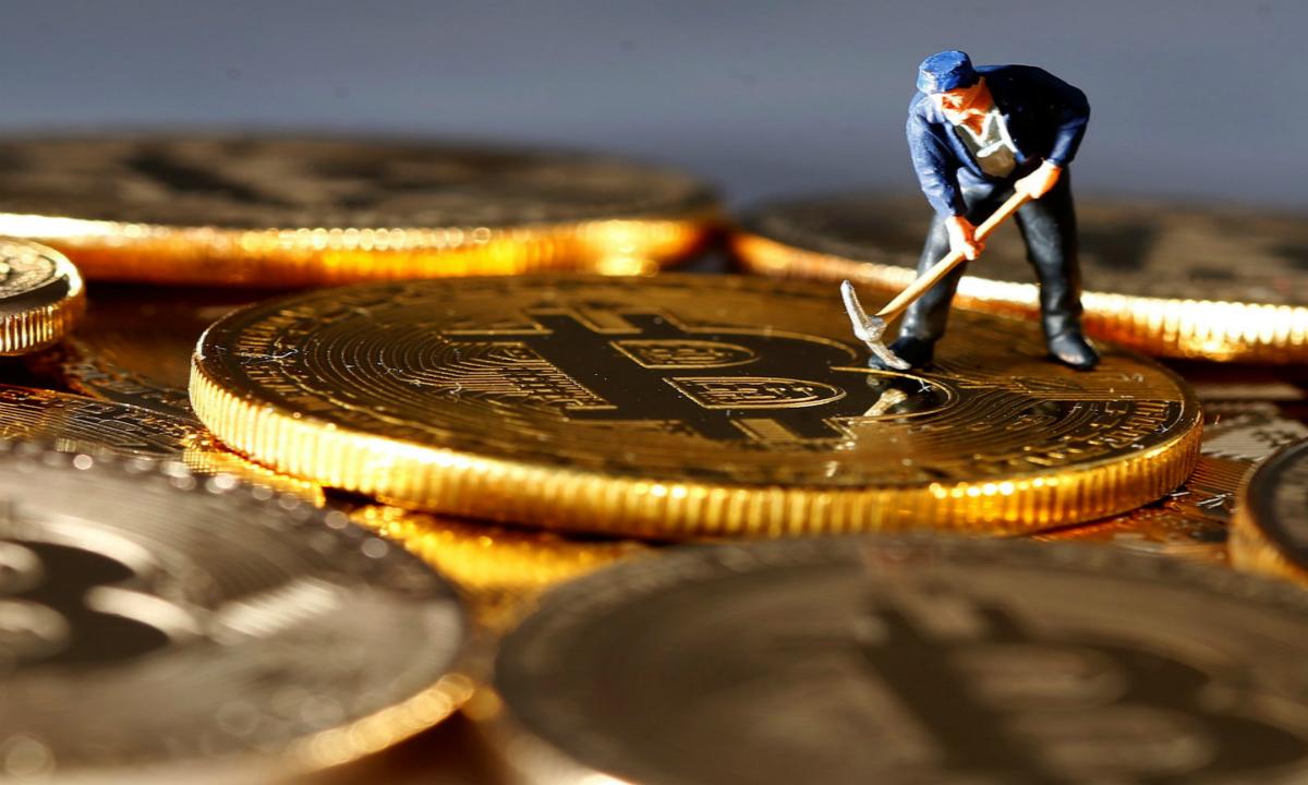 """比特币""""挖矿""""或被列入淘汰产业,矿机生意迎变数"""