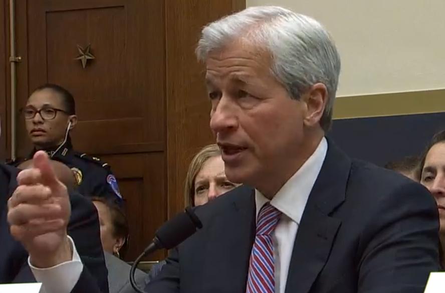 直击美国国会:针对加密货币,高盛与摩根CEO被连续质询