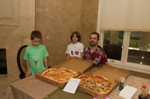 GPU挖矿之父:9年前他用1万个比特币买了两个披萨, 9年后他把代码卖给了苹果